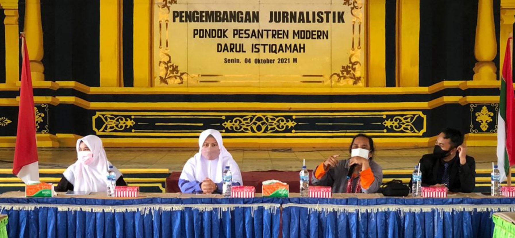 Kuatkan Literasi, Darul Istiqamah Gelar Pelatihan Pengembangan Jurnalistik